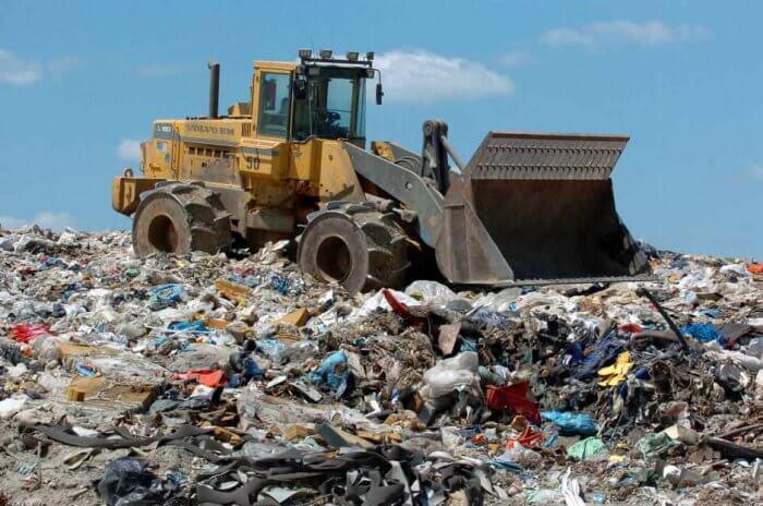 Penyebab Polusi Tanah