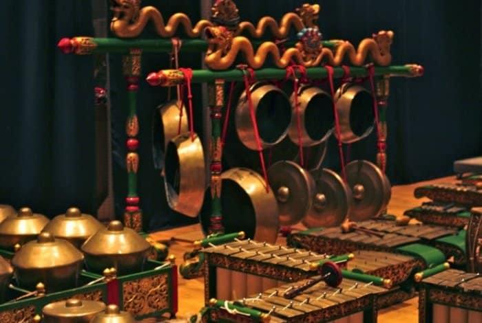 Gamelan Alat Musik Tradisional Jawa Tengah