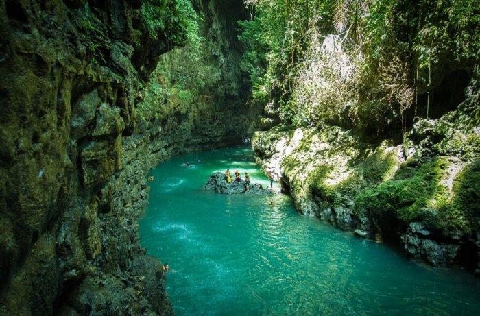 Gambar Pemandangan - Green Canyon Jawa Barat