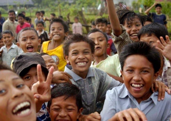 Pengaruh Letak Geografis Indonesia Terhadap Penduduk Indonesia