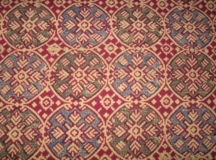 Motif Geometris Batik