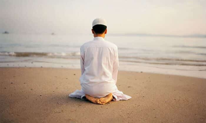 doa sebelum tidur bahasa arab, doa sebelum tidur latin, arti doa sebelum tidur, amalan sunnah doa sebelum tidur, doa bangun tidur bahasa arab, doa bangun tidur latin, arti doa bangun tidur, keutamaan doa sebelum tidur, keutamaan doa bangun tidur