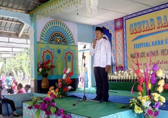 Contoh Teks Pidato Bahasa Jawa Tema Cinta Damai