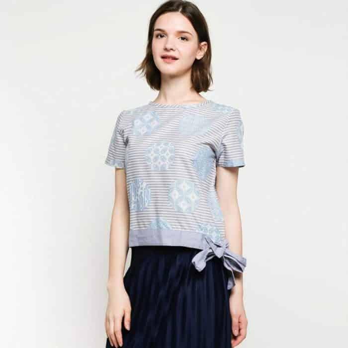 Model Baju Batik Outer Motif Abstrak