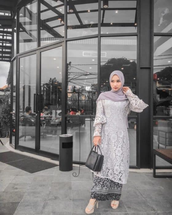 Model Baju Kebaya Ala Bali
