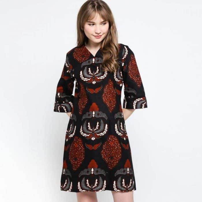 Model Batik Dress Semi Lengan Lonceng