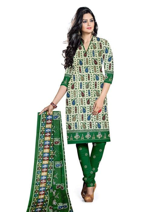 Model Batik India