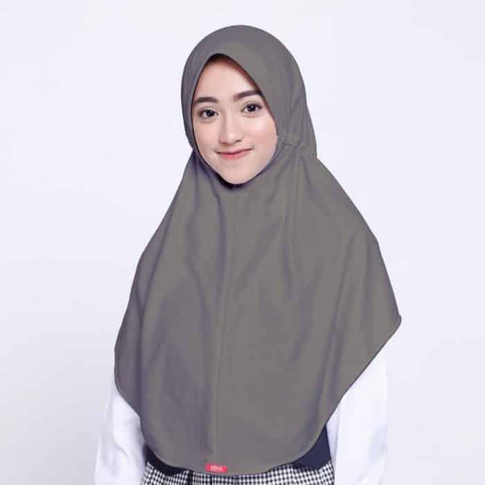 Model Hijab untuk Berkumpul Bersama Saudara