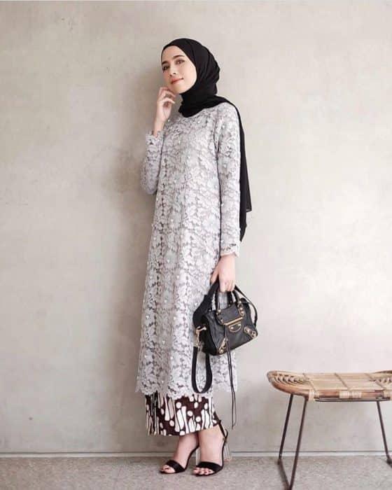 Model Long Tunik Brokat Hijab