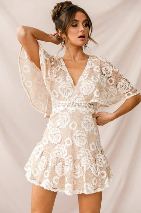Model Mini Dress Brokat Putih