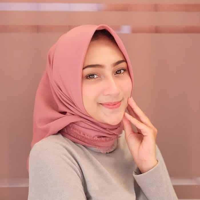 Tips Memilih Hijab Berdasarkan Warna Kulit