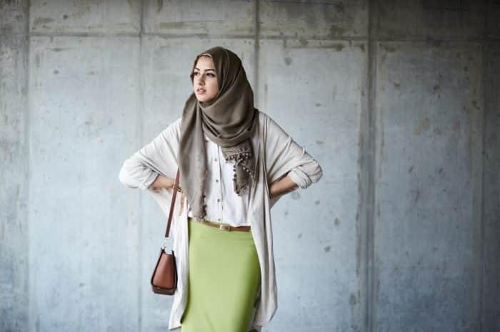 Model Hijab dengan Cardigan