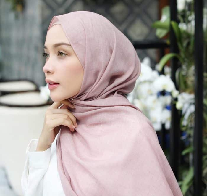 Model Hijab Panjang Modis