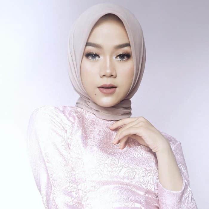 Model Hijab Simpel dan Elegan