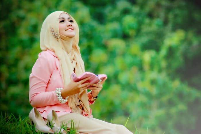 Model Hijab untuk Piknik