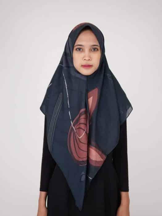 Model Hijab Panjang untuk Sehari-hari