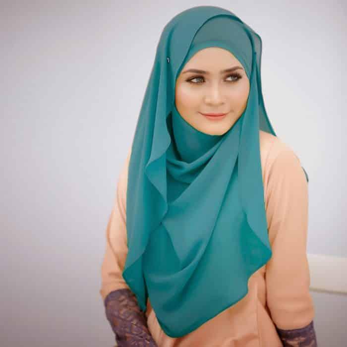 Model Hijab Panjang untuk Pengajian