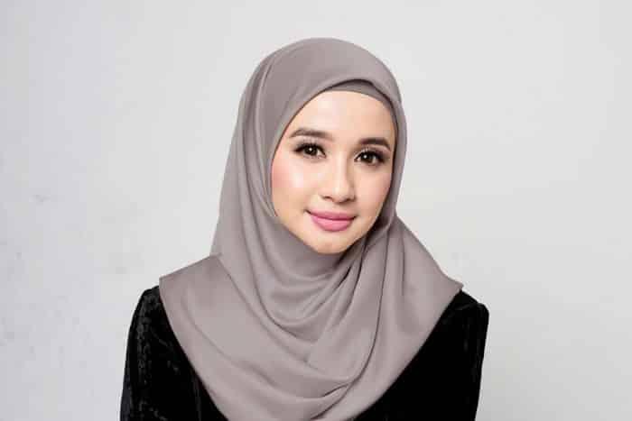 Tips Agar Hijab Tidak Kusut