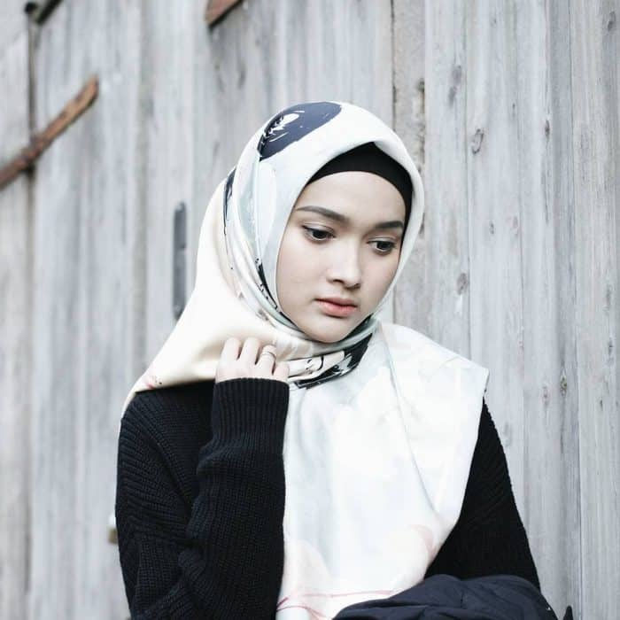 Tips Memilih Model Hijab