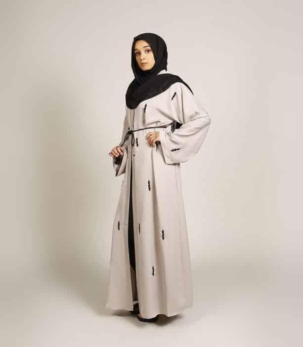 Baju Muslim Hitam Putih