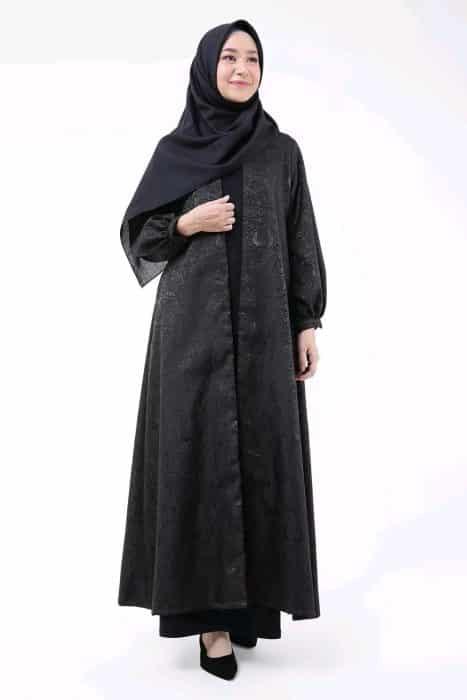 Baju Muslim dengan Outer