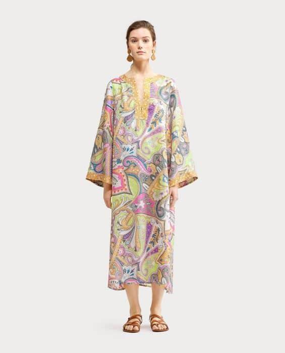 Model Baju Tunik Abaya Batik Kontemporer