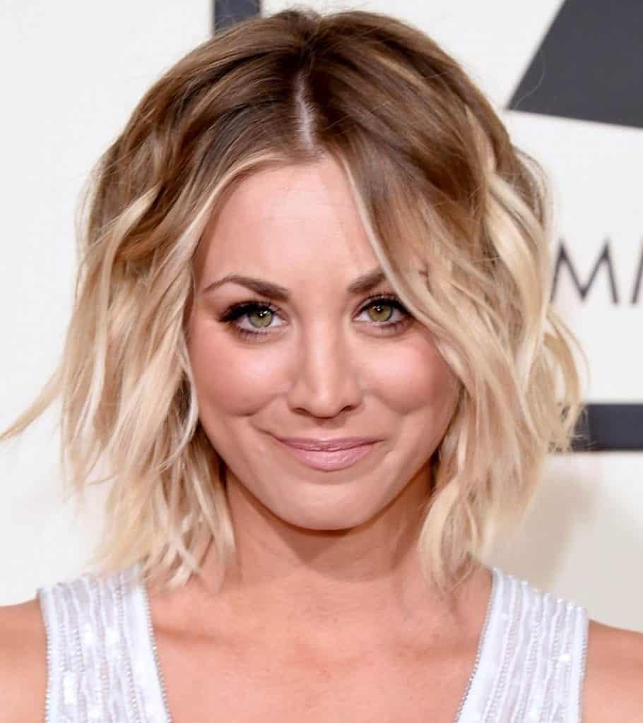 Trend Terpopuler 25+ Gaya Rambut Belah Tengah Lucu