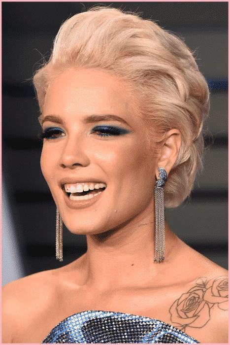 Model Rambut Pixie Comb Over