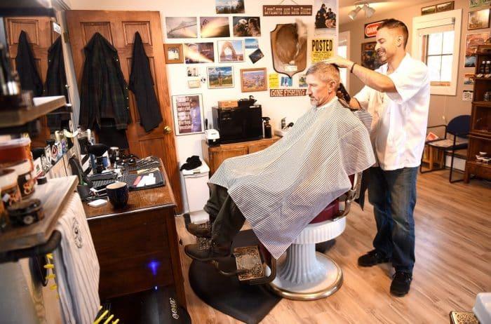 Kelebihan Usaha Barbershop