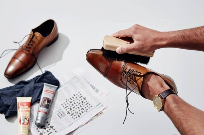 Simulasi Modal Usaha Cuci Sepatu dan Keuntungannya