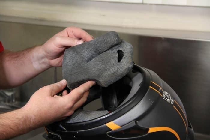 Tips Membuka Usaha Cuci Helm