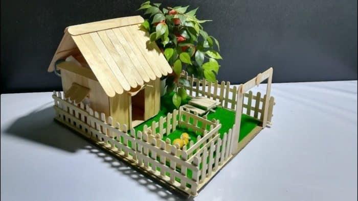 Contoh Desain Rumah Stik dan Pohon Buah
