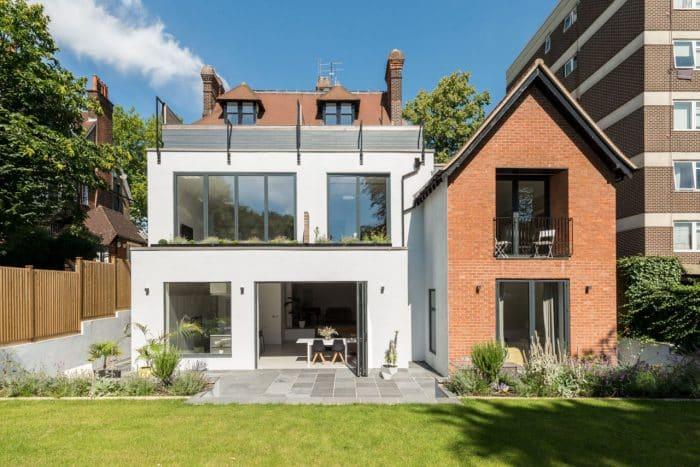 Desain Rumah Impian Gaya Inggris Modern