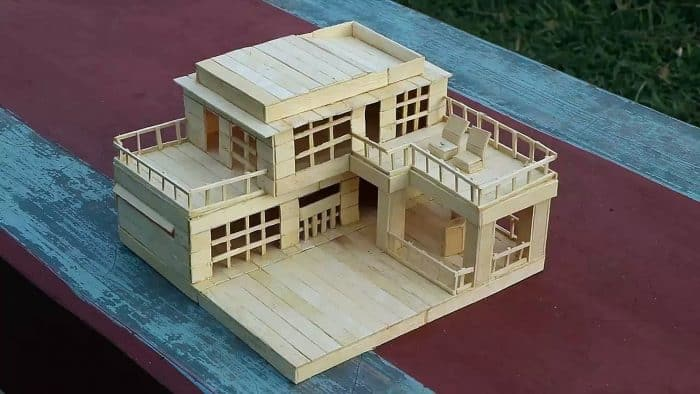 Rumah Stik dengan Atap Datar
