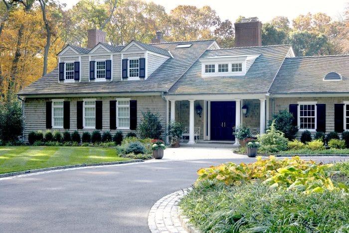Desain Rumah Dengan Jendela Bertingkat