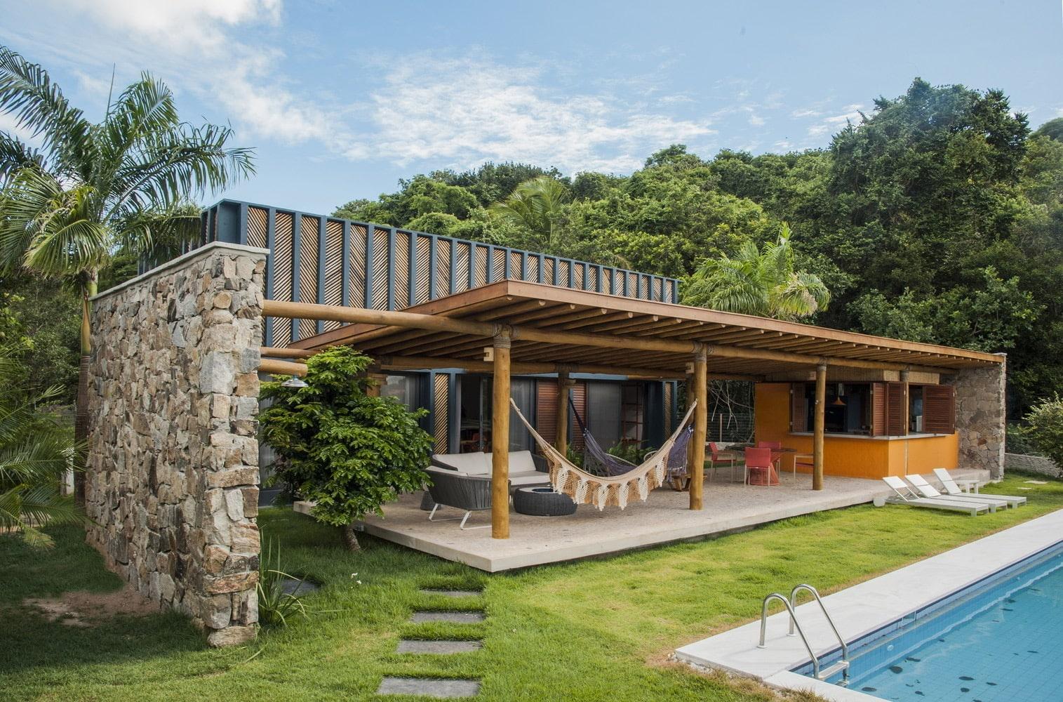 35 Contoh Desain Rumah Bambu Elegan Dan Minimalis