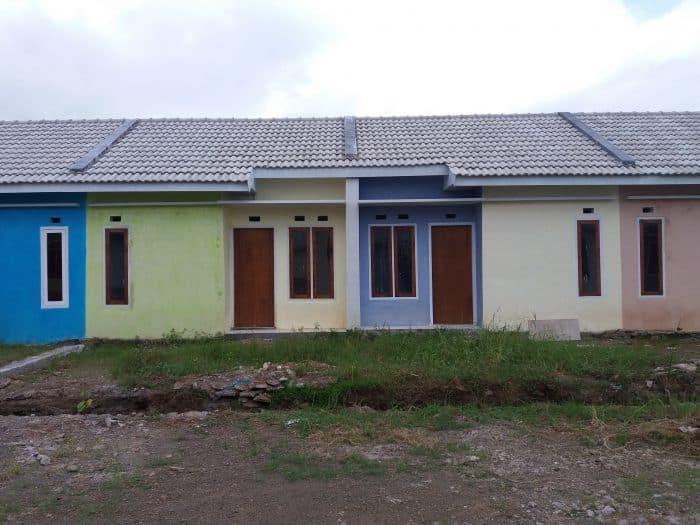 Desain rumah dengan bentuk kembar