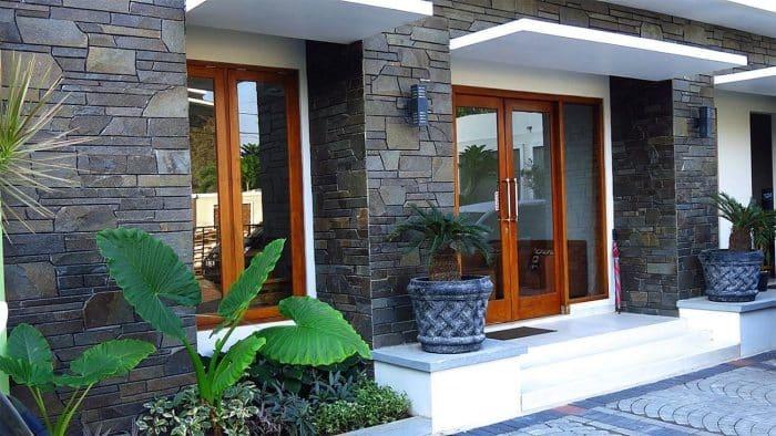 Keramik Model Batu untuk Rumah Minimalis