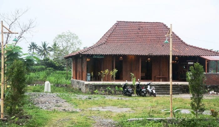 Rumah Desa Semi Belanda