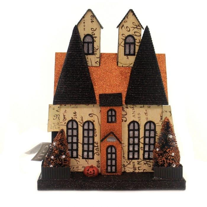 Rumah Halloween dari Kardus