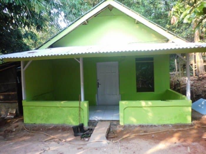 Rumah Persegi Atap Asbes