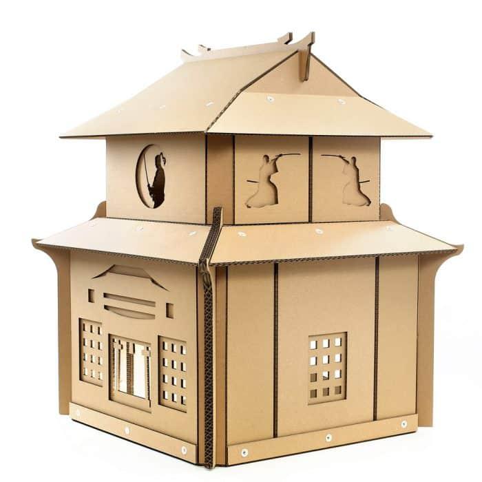 Rumah Samurai dari Kardus