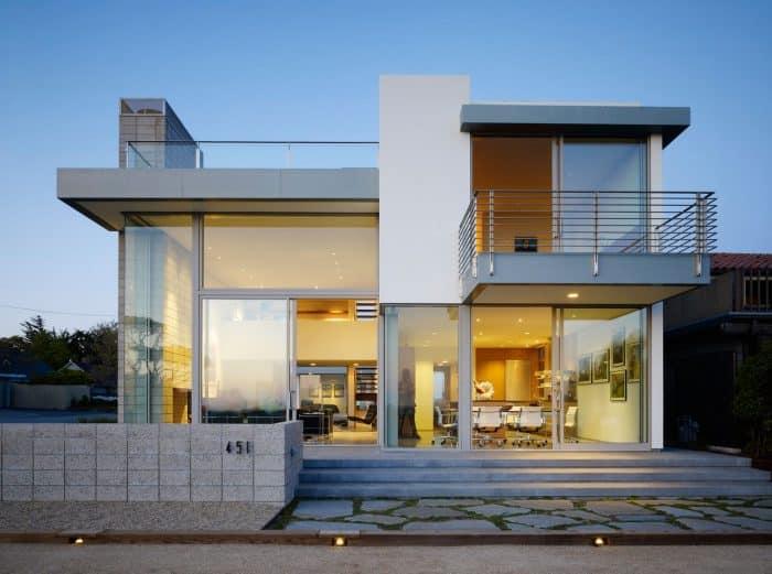 Rumah Simpel Berwarna Putih Abu