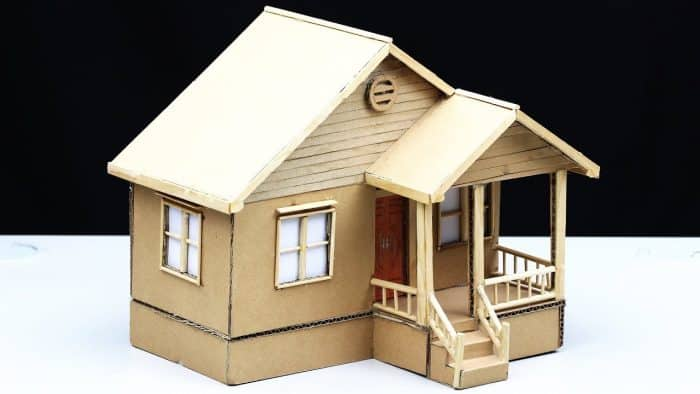 Rumah dari Kardus yang Sederhana dan Unik