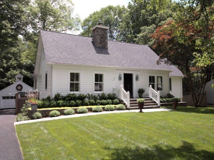 Rumah gaya kolonial yang nyaman