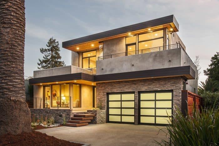 Rumah Berhiaskan Batu Alam