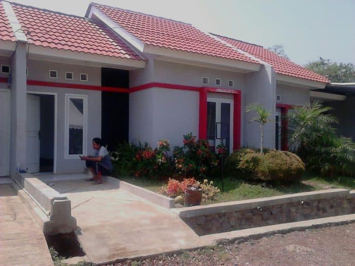 Rumah Minimalis dengan Taman Bunga