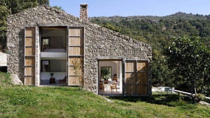 Contoh Desain Rumah Modern dengan Batu