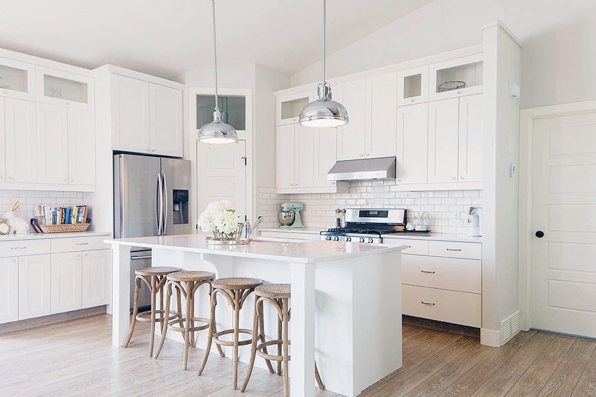 40 Contoh Desain Dapur Warna Putih