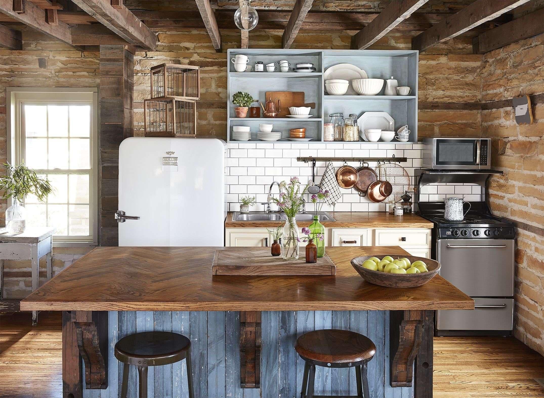 Dapur Klasik Warna Biru Kombinasi Coklat